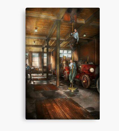Firemen - Answering the firebell 1922 Canvas Print