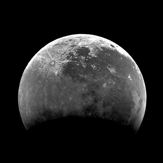Moon by njordphoto