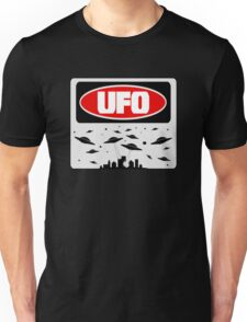 UFO, FUNNY DANGER STYLE FAKE SAFETY SIGN Unisex T-Shirt