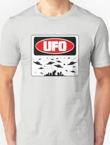 UFO, FUNNY DANGER STYLE FAKE SAFETY SIGN T-Shirt