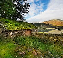 Old Barn on Ullswater by eddiej