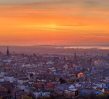 Panoramic View of the Edinburgh Skyline (HDR) by Miles Gray