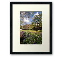 LE: Edinburgh Castle from St John's Church Gardens Framed Print