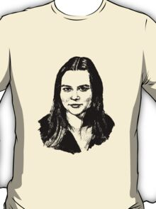 portrait of a wonderful woman T-Shirt