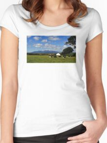 Mourne Country View Women's Fitted Scoop T-Shirt