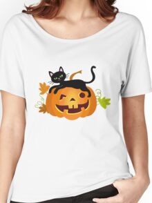 Black cat lying on a pumpkin. Halloween. Women's Relaxed Fit T-Shirt
