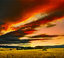 long clouds over denman  rogue valley by daledaniel