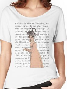 Strolling While Wearing a Fancy Hat Women's Relaxed Fit T-Shirt