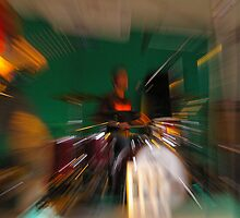Zooming drummer by Frederic Chastagnol