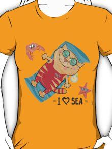 cat on the beach T-Shirt