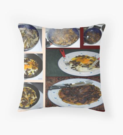 """""""I LOVE FUNGI BECAUSE THEY TASTE GREAT"""" Throw Pillow"""
