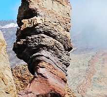 God's Thumb - Mount Teide, Tenerife by evilcat