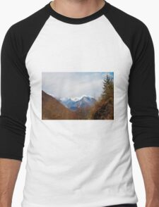 Landscape Near Zaga Men's Baseball ¾ T-Shirt