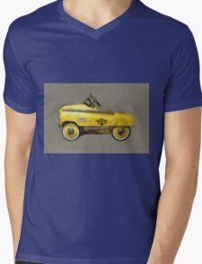 Taxi Cab Pedal Car Mens V-Neck T-Shirt