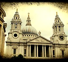 St Paul's Cathedral by Jonicool