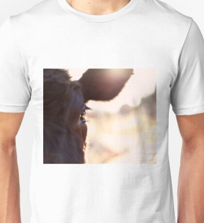 Cows have the most beautiful eyes Unisex T-Shirt