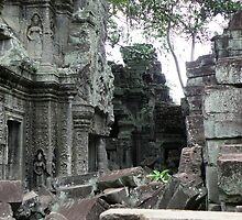 Angkor Wat: Signs Of Life by skfluent
