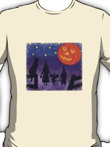 "Halloween Moon ""t"" T-Shirt"