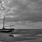Low-tide by PaulHealey