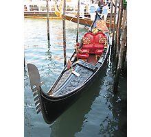 Una Gondola a Venezia Photographic Print