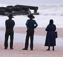 Amish At The Beach by Trudy Wilkerson