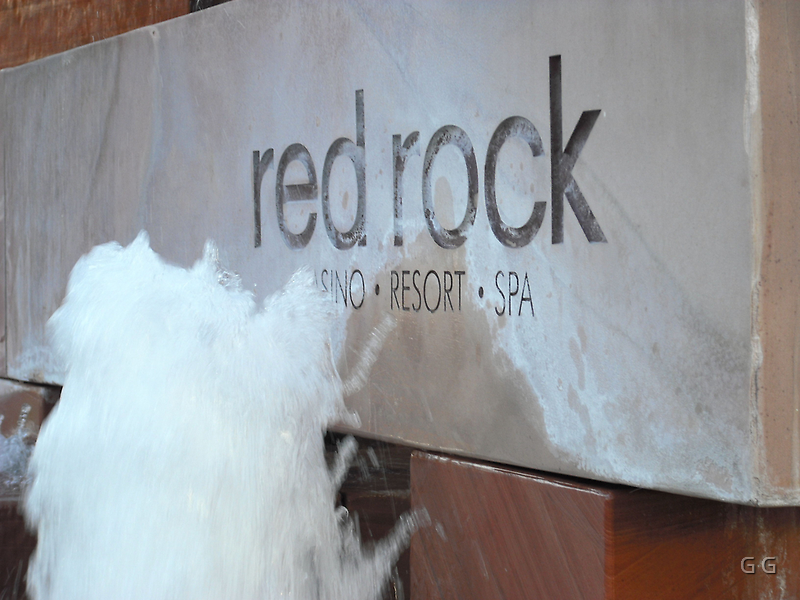 Red Rock Hotel And Casino by G G