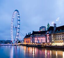 In The Twinkling of an Eye: London Eye by DonDavisUK