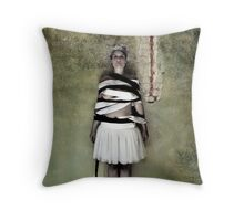 daisy-chain Throw Pillow