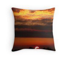 Sunset on fire. Throw Pillow