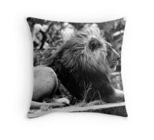 King of the Zoo.. Throw Pillow