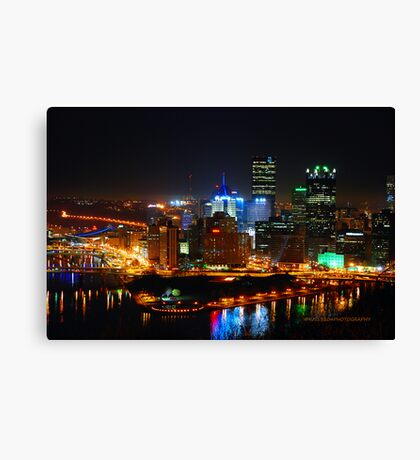 Pittsburgh Pennsylvania by night Canvas Print