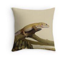 I is Lizard Throw Pillow