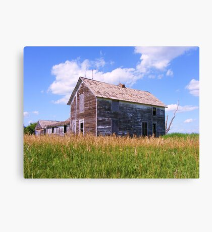 Farmhouse Lost Canvas Print