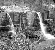 Turret Falls (Black&White) by Mitch85