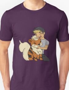 Calum and Growlithe  T-Shirt