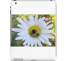 Bee a Daisy iPad Case/Skin