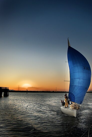 Evening in Blue Sail by linaji