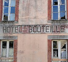 The Story of the Bottle Hotel by Myrthe Noordegraaf