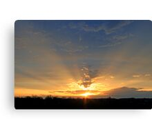 *CREPUSCULAR RAYS Canvas Print