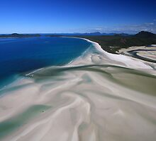 Whitehaven Beach by Jennifer  Jamie