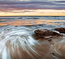 Sunrise Backbeach,Anglesea,Great Ocean Road. by Darryl Fowler