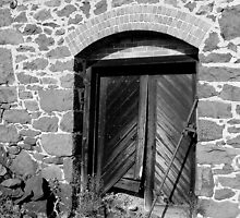 Door at Quincy Mine by jrier