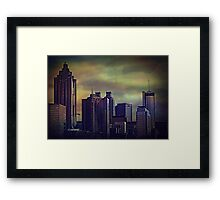 the colors of the darkening sky Framed Print
