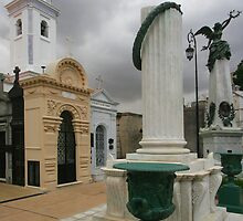Recoleta Cemetery by parischris