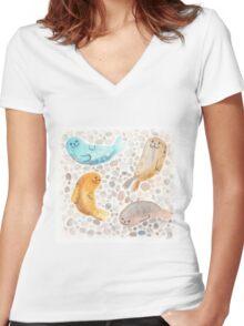 Sunbathing Seals Women's Fitted V-Neck T-Shirt
