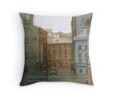 St. Petersburg' street Throw Pillow