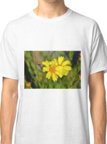 Crown Daisies Classic T-Shirt