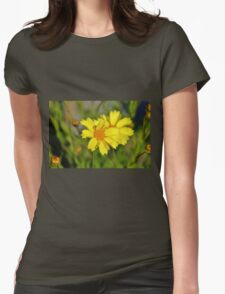 Crown Daisies Womens Fitted T-Shirt