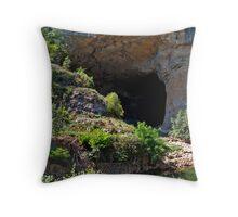 Grotte du Mas d'Azil 3 Throw Pillow