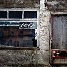 Buvez COCA-COLA!! by Gisele Bedard